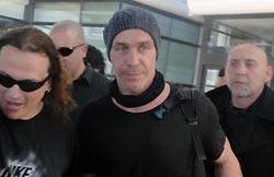 Till Lindemann à l'aéroport de Santiago