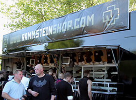 Le camion du RammsteinShop