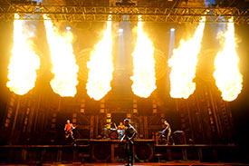 Colonnes de flammes