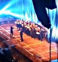 Une chorale fait la première partie à Riga !