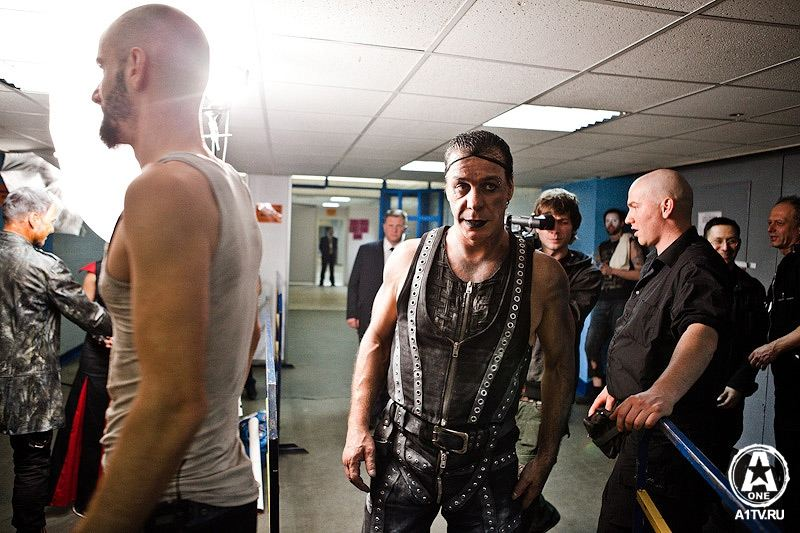 Rammstein world gallery meet greet moscou le 280210 20 pictures m4hsunfo